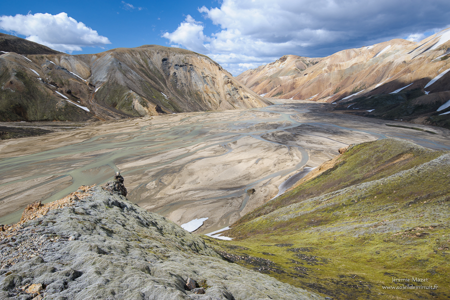 rivière dans la réserve naturelle de Fjallabak