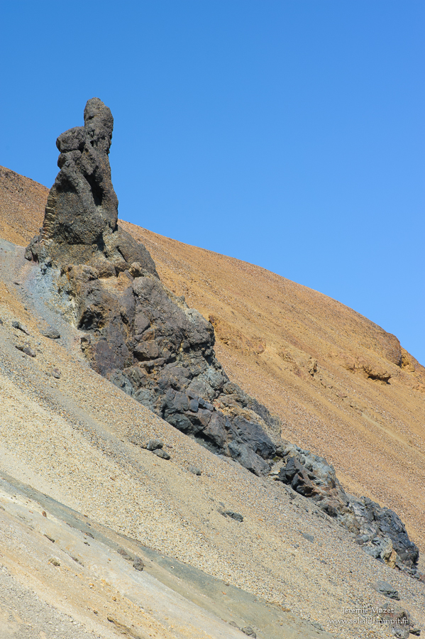 dyke volcanique sur Brennisteinsalda