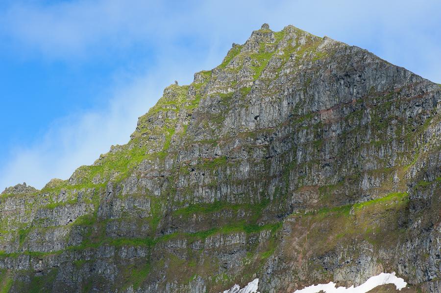 les falaises d'hornbjarg dans le Hornstrandir
