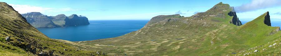 la baie d'Hornvik depuis le col d'Almenningaskard