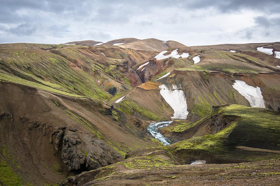 canyon ocre au bord de la Markarfljót