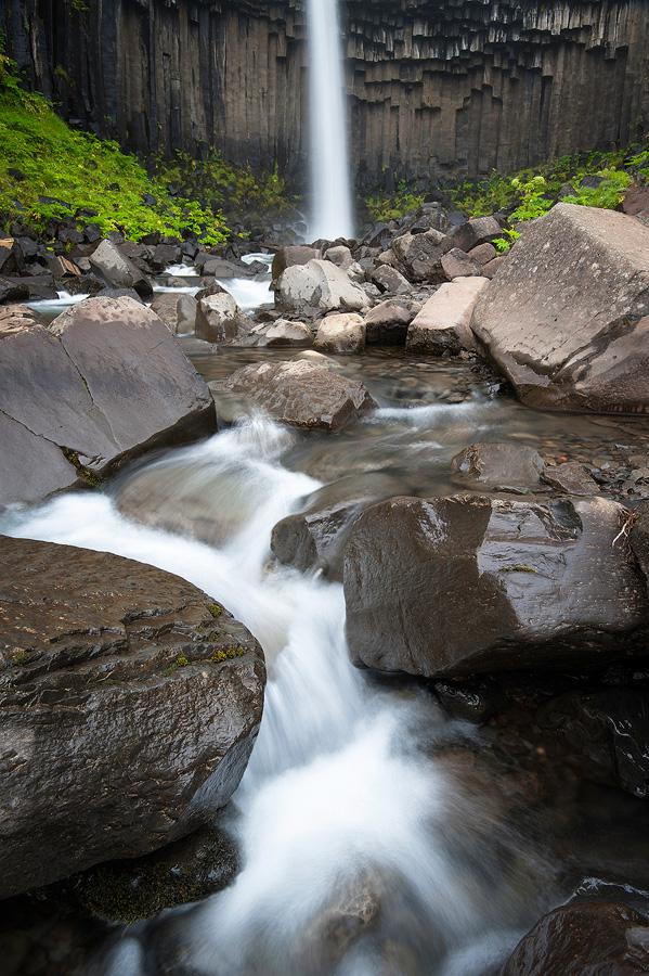cascade Svartifoss à Skaftafell