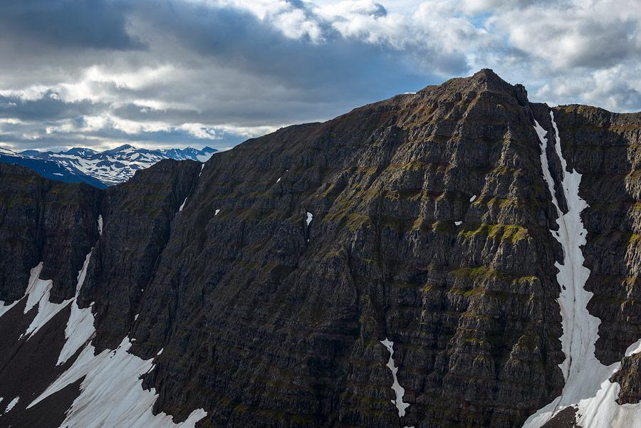 falaises en Islande, près de Dalvik