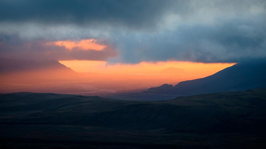coucher de soleil sur la Markarfjlot, près de thorsmörk, en Islande