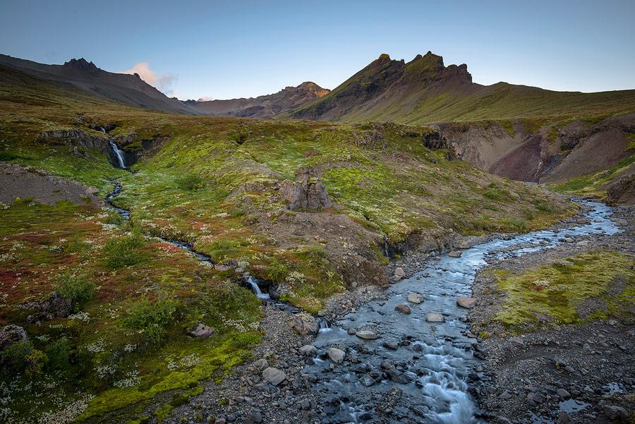 paysage au coucher de soleil dans le parc national de Skaftafell au sud de l'Islande