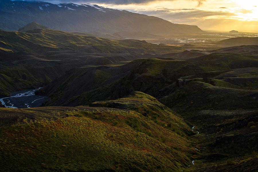 Pres de thorsmörk en Islande, coucher de soleil