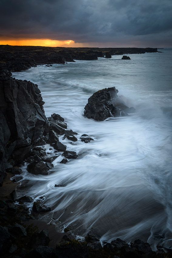 filé de vagues , krossavik , péninsule de snaefellsnes en Islande