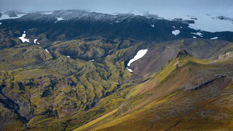 coulées de lave sur les flancs du Snaefellsjökull, Islande