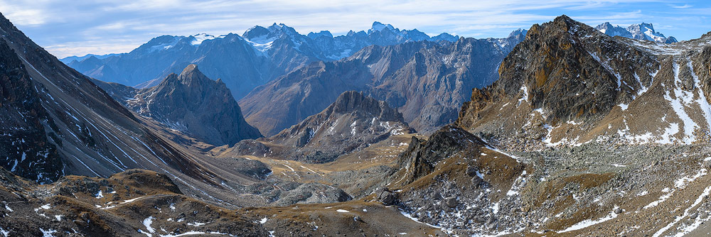 vue du col des béraudes, massif des cerces, alpes francaises