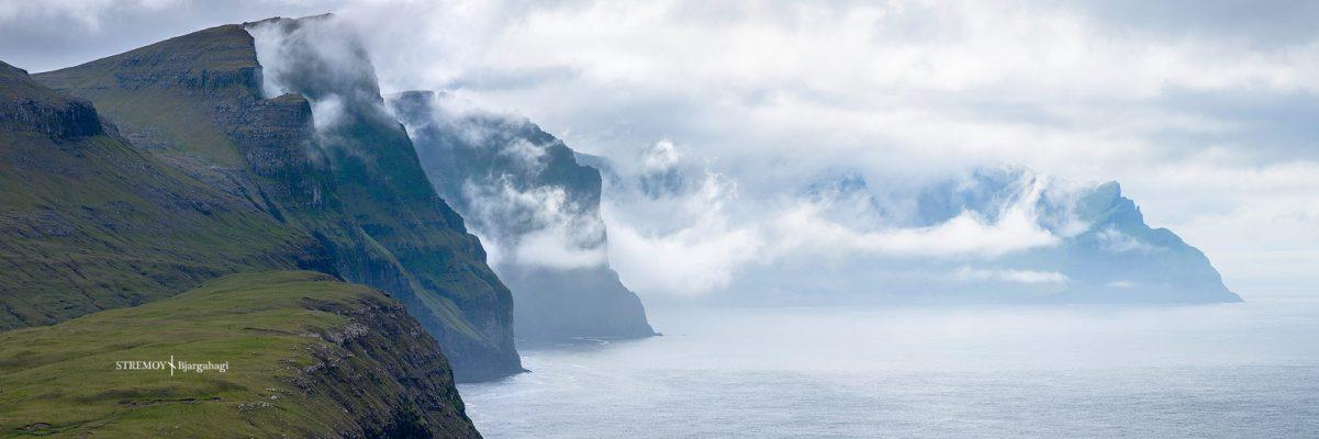 falaises pres de Vestmanna, ile de Stremoy, féroé