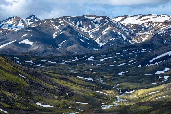 paysage de la réserve naturelle de Fjallabak et le glacier Torfajökull
