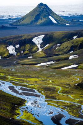 Gros plan sur le volcan Maelifell dans le sud de l'Islande
