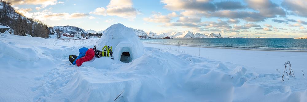 igloo sur l'ile de Senja en Norvège